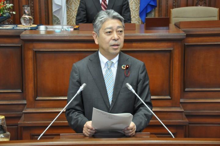 01 2月議会山本写真 DSC_4787