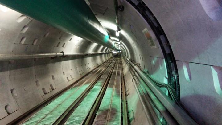 広野雨水幹線トンネル内部
